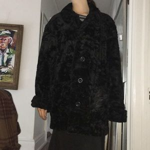 Gallery, faux fur jacket, with pockets